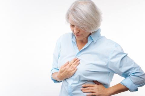 Vrouw met maagproblemen