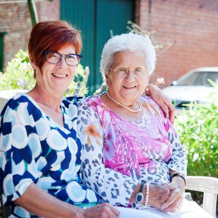 Thuis bij Maria en dochter Agnes