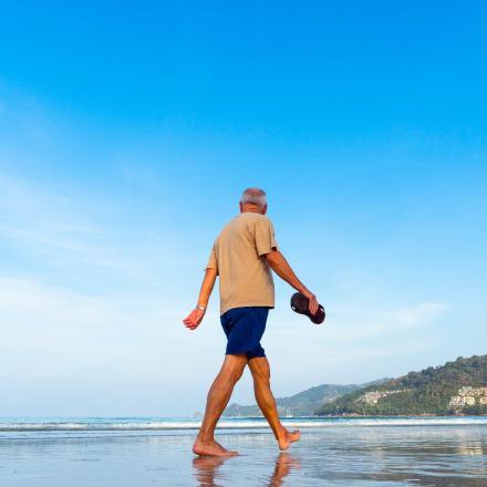 wandelende oudere